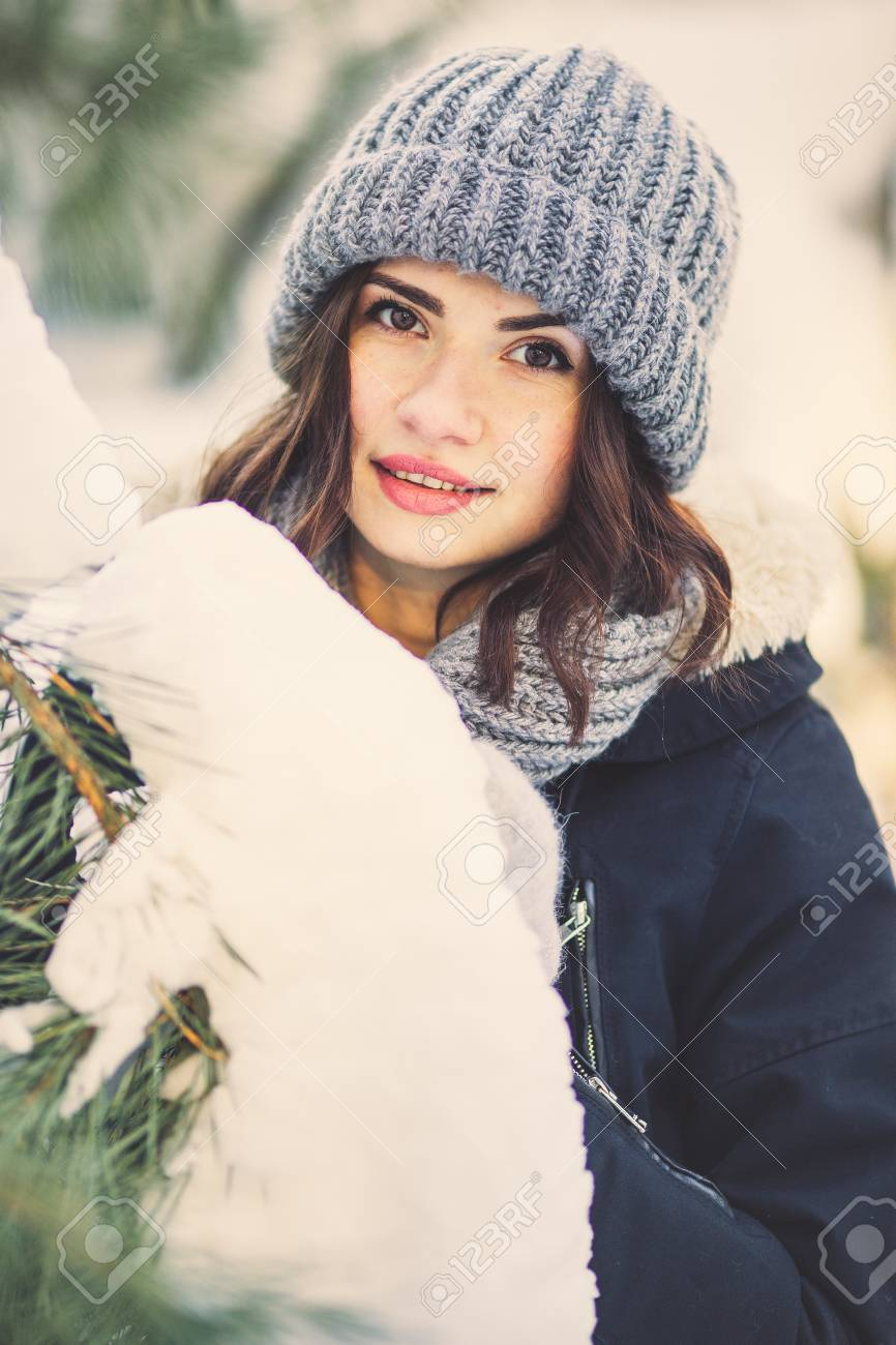 ce75f1c1b187f Beautiful Young Woman In Winter Jacket