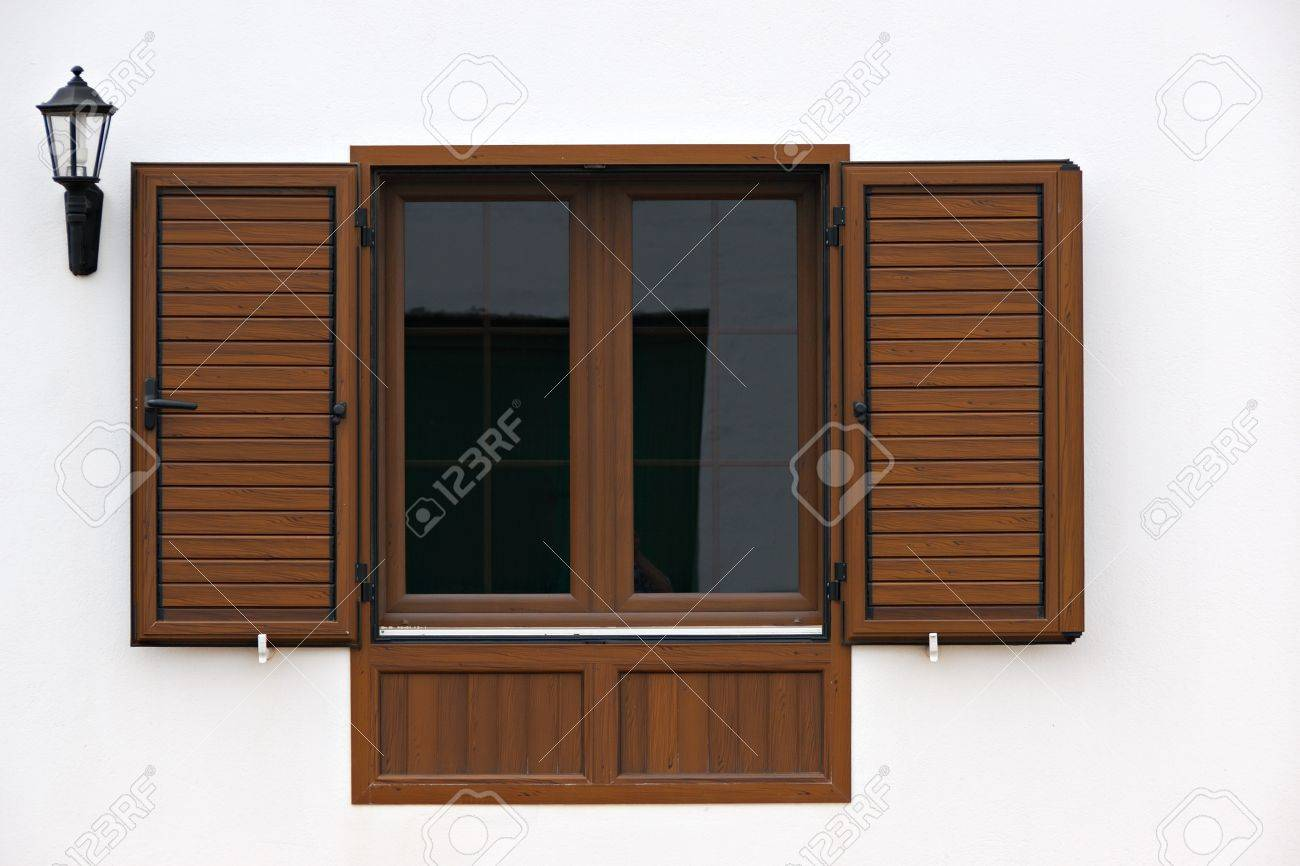 Open window, white wall and streetlight Stock Photo - 13855498