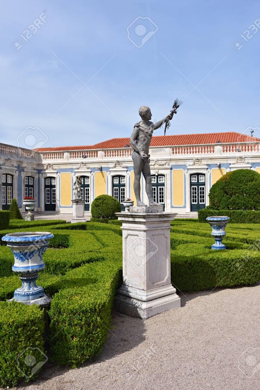 Exceptionnel Queluz, Portugal   June 3, 2017: Neptune Gardens, Sculpture Summer By  Sculptor