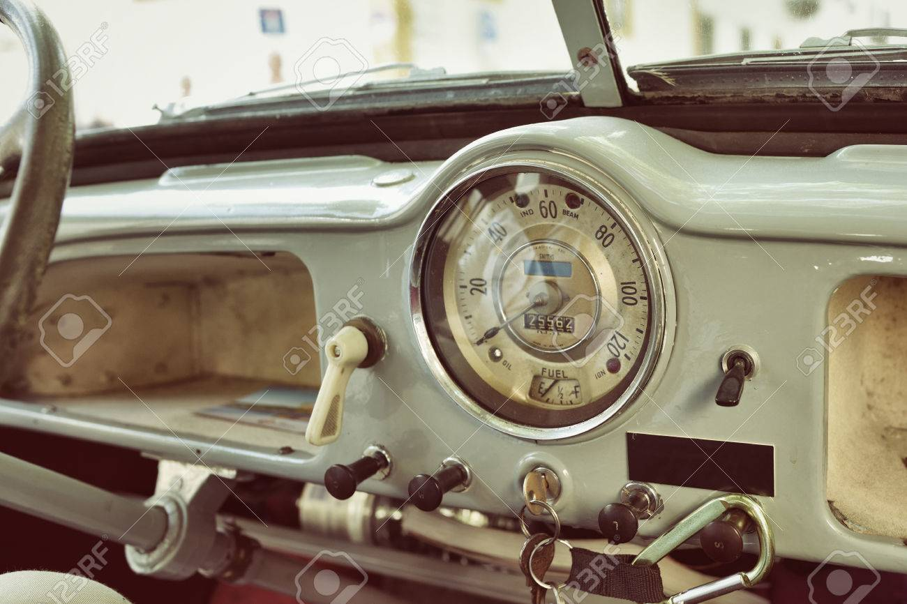 Evora Portugal June 2 2017 Old Cabin Console Speed Meter