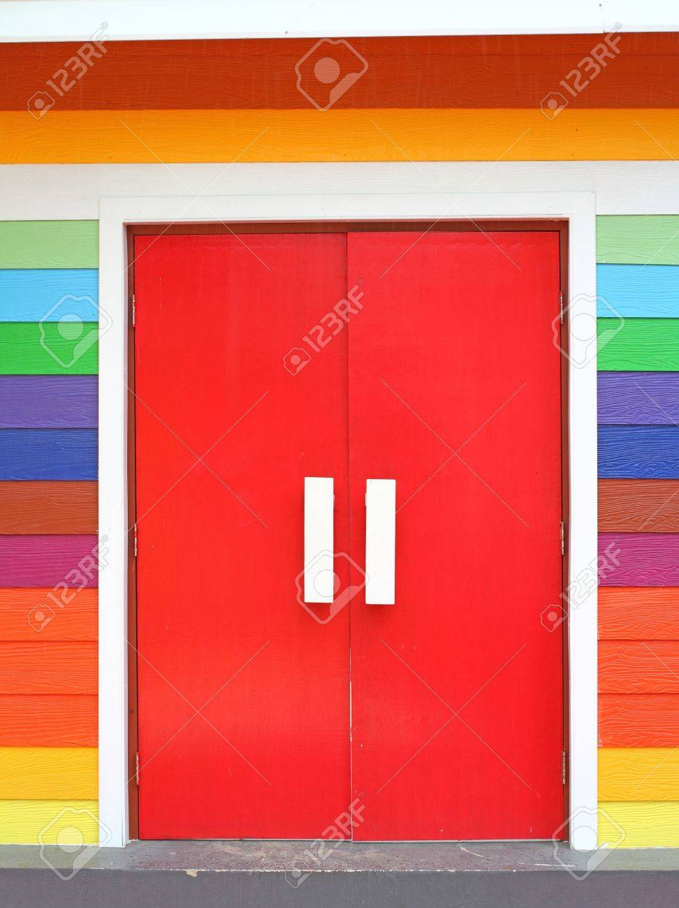 colorful door Stock Photo - 14736311