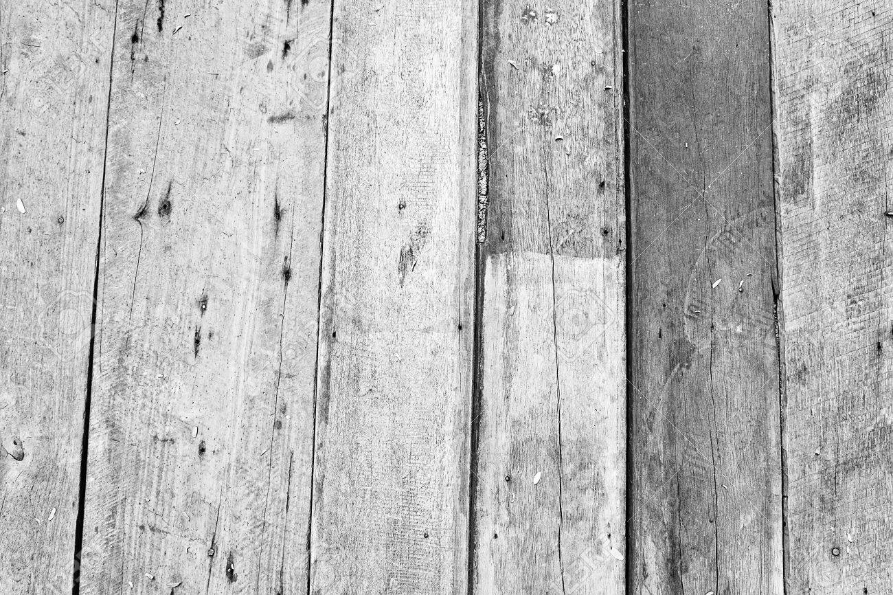 wood grunge texture on white painted Stock Photo - 15015570