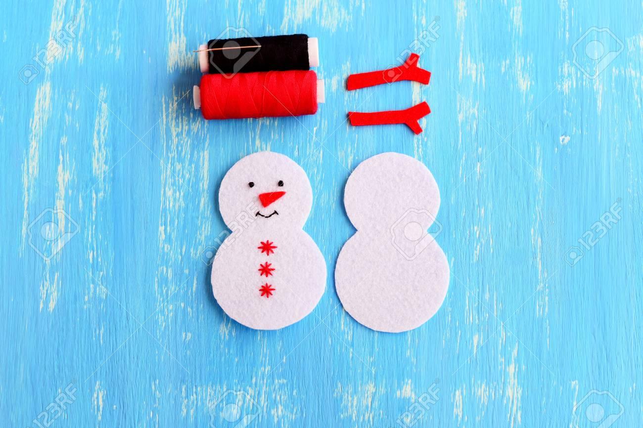 Weihnachtsschneemann Ornament Schritt Geschnitten Aus Weissen