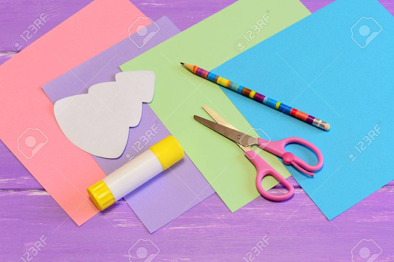 Stationery To Create A Christmas Greeting Card From Colored Paper ...