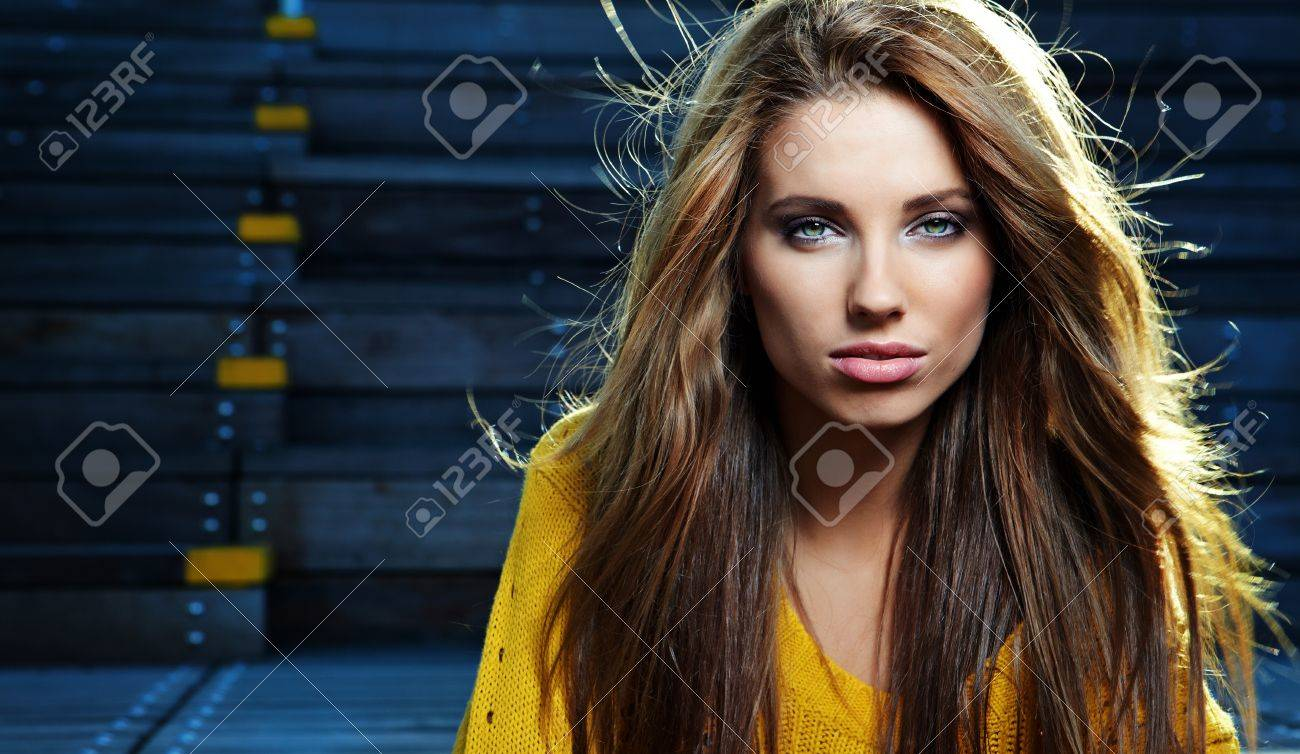 Autumn portrait of a beautiful woman Stock Photo - 10567786
