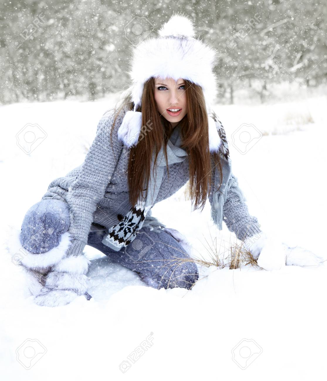 Young woman winter portrait. Shallow dof. Stock Photo - 15807038