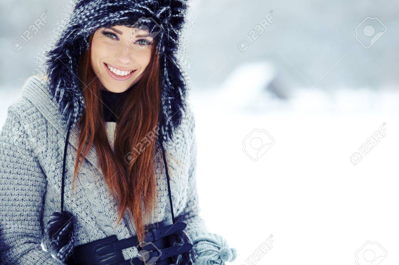 WInter woman portrait outdoor Stock Photo - 17130075