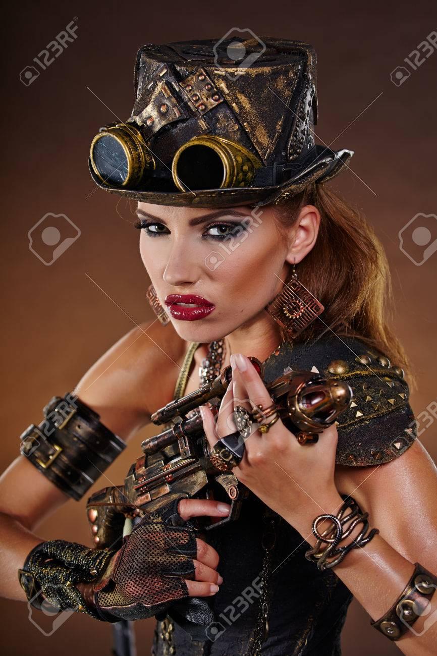 compra venta gran descuento gama completa de especificaciones Mujer de Steampunk. Fantasía de moda para la cubierta.
