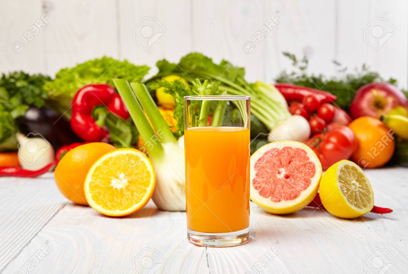 http://previews.123rf.com/images/zoomteam/zoomteam1502/zoomteam150200732/36905969-healthy-vegetable-juices-for-refreshment-and-as-an-antioxidant-Stock-Photo.jpg