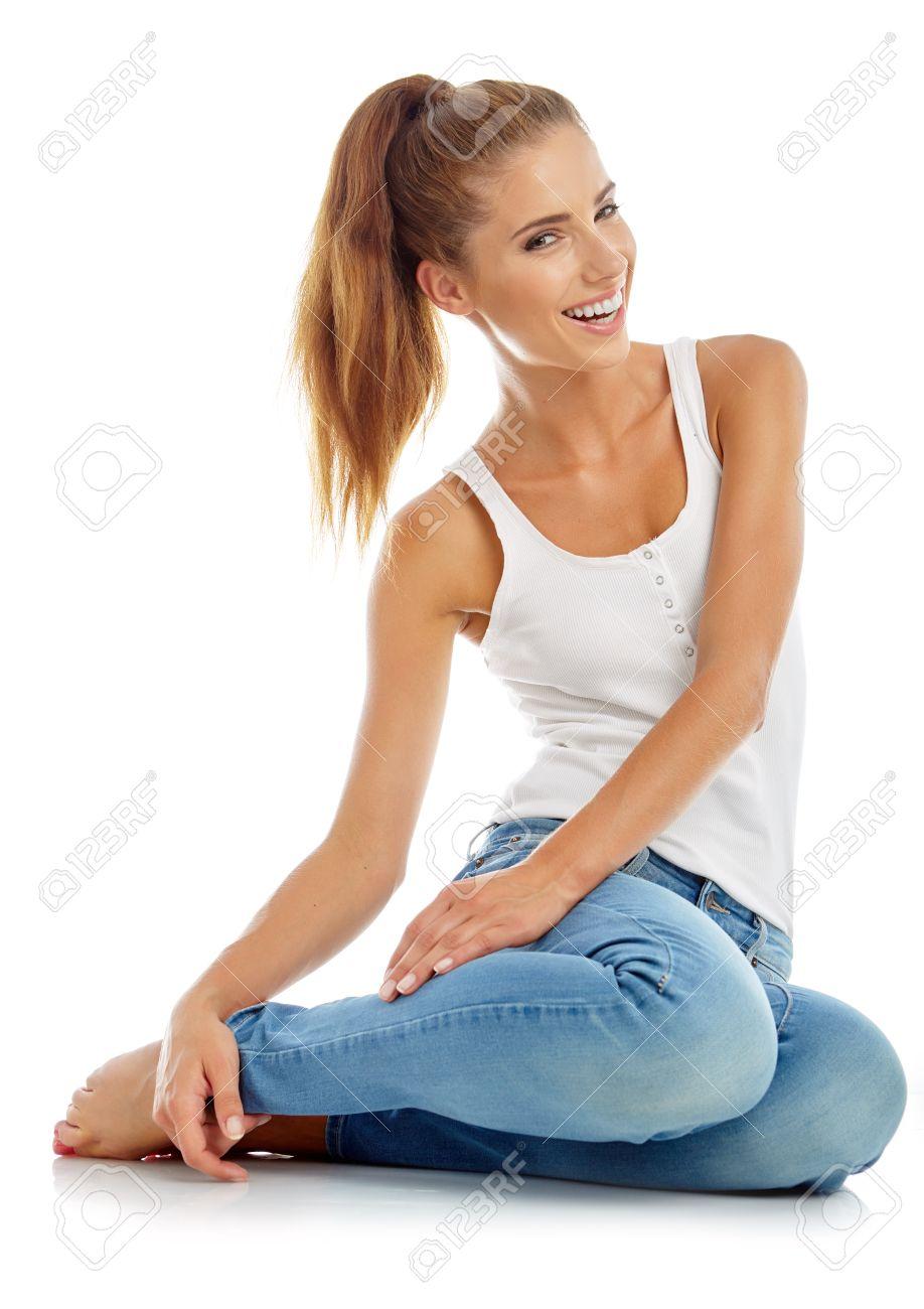 Молодая девка в джинсах фото 13-538