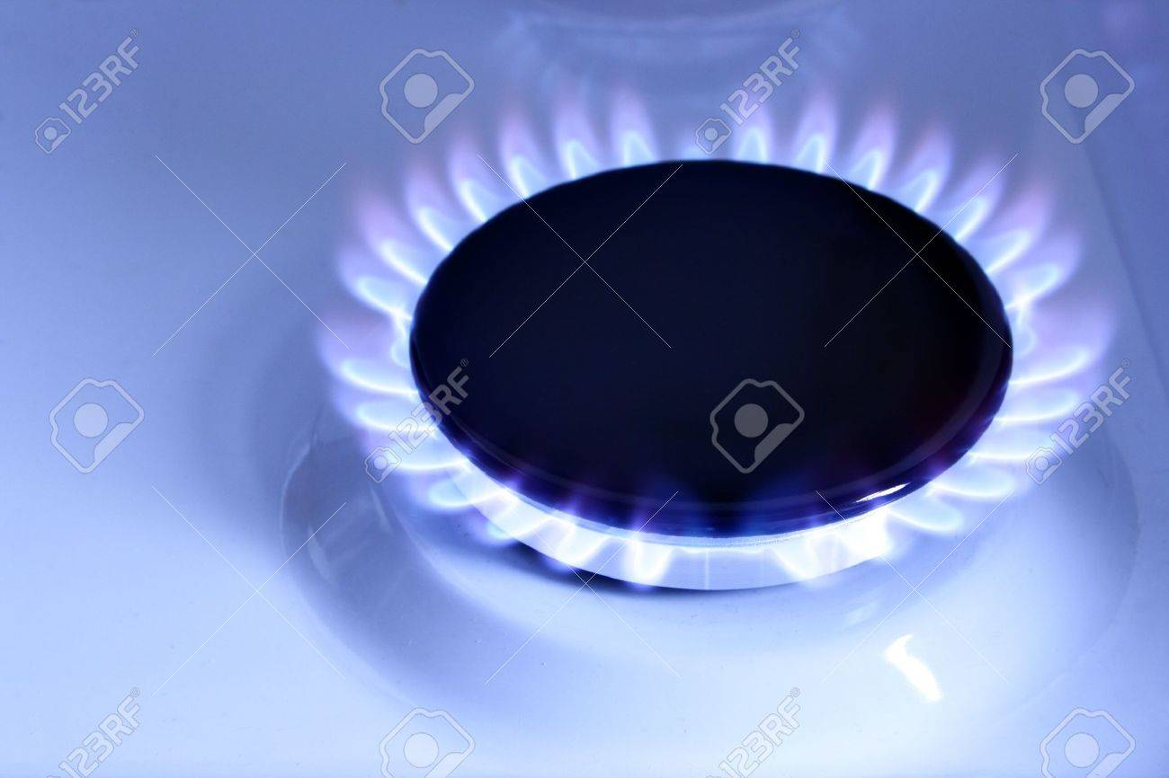 Blue gas flame on hob close up Stock Photo - 5988033
