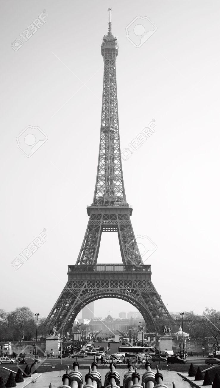 Eiffel tower, Paris. Black and white image Stock Photo - 12639331
