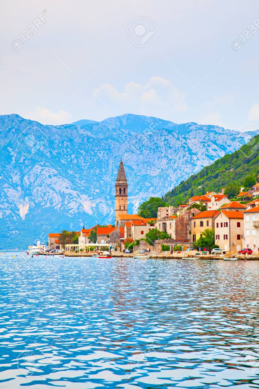 Perast - old town on the Bay of Kotor in Montenegro. Landscape - 117182500
