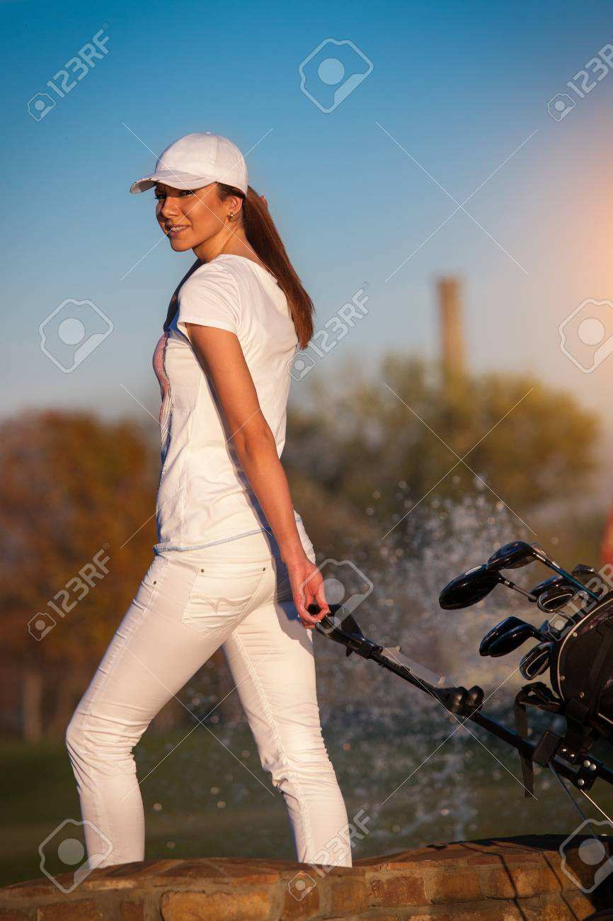 Woman playing golf Stock Photo - 16008174