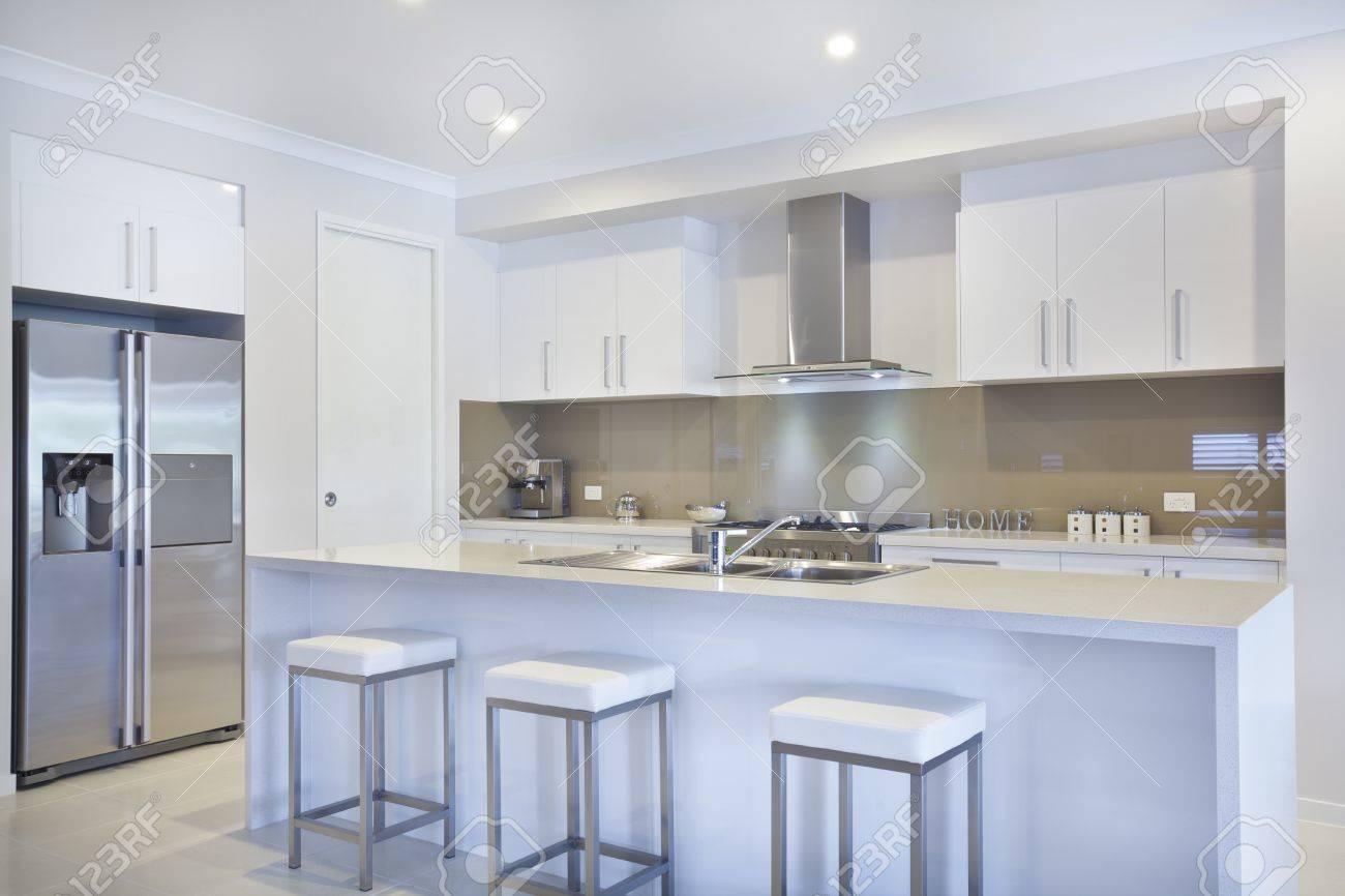 Erfreut Beste Farbe Zu Malen Küchenschränke Mit Küchengeräten Aus ...