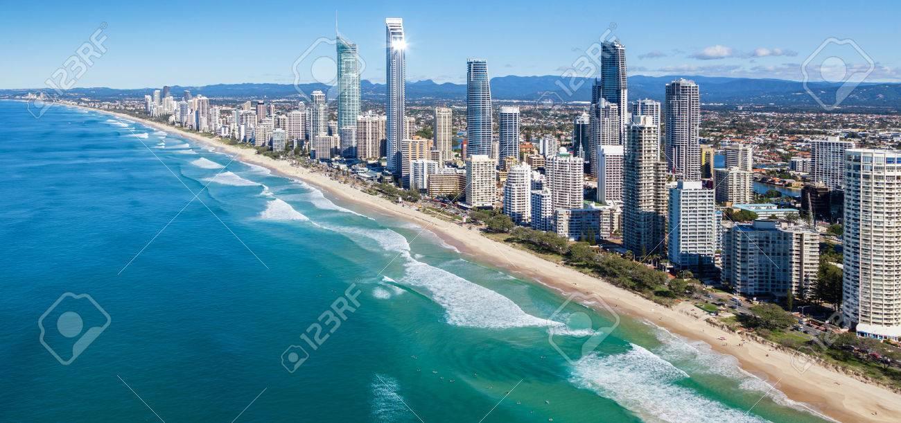 Sunny Blick auf Gold Coast, Queensland, Australien Standard-Bild - 25283575