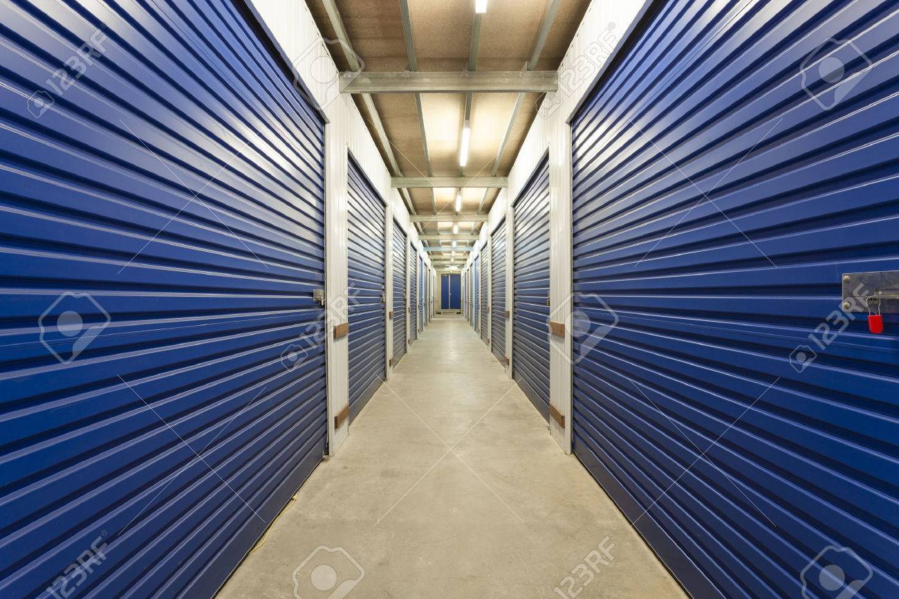Warehouse with private storage sheds Standard-Bild - 36454980