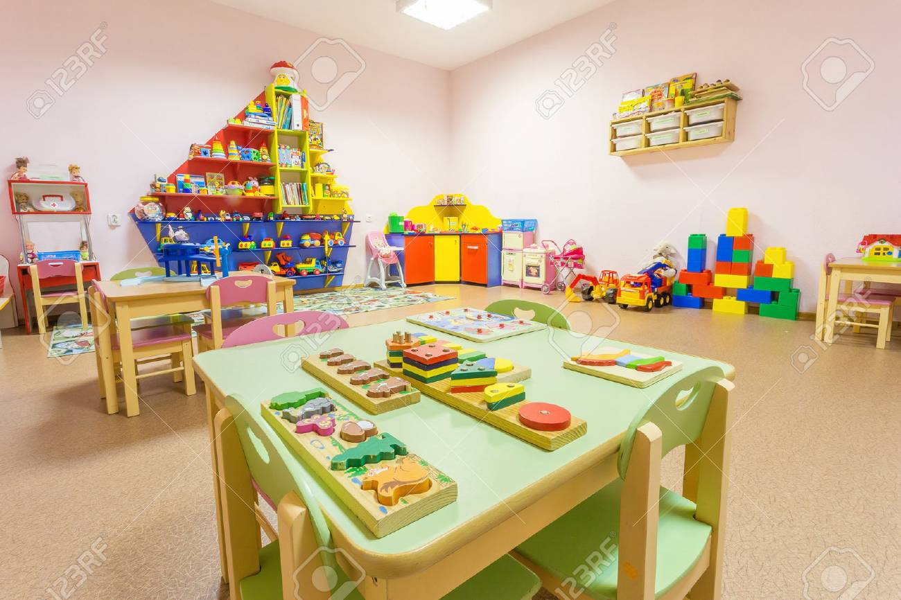 Peach colored game room in the kindergarten. - 71378600