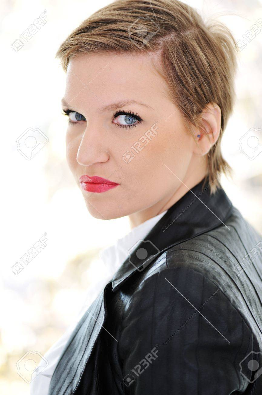 Beautiful young business woman with short hair Stock Photo - 13665189