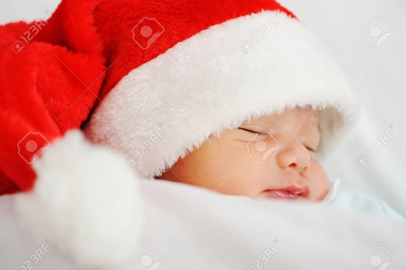 Newborn santa baby Stock Photo - 16624646