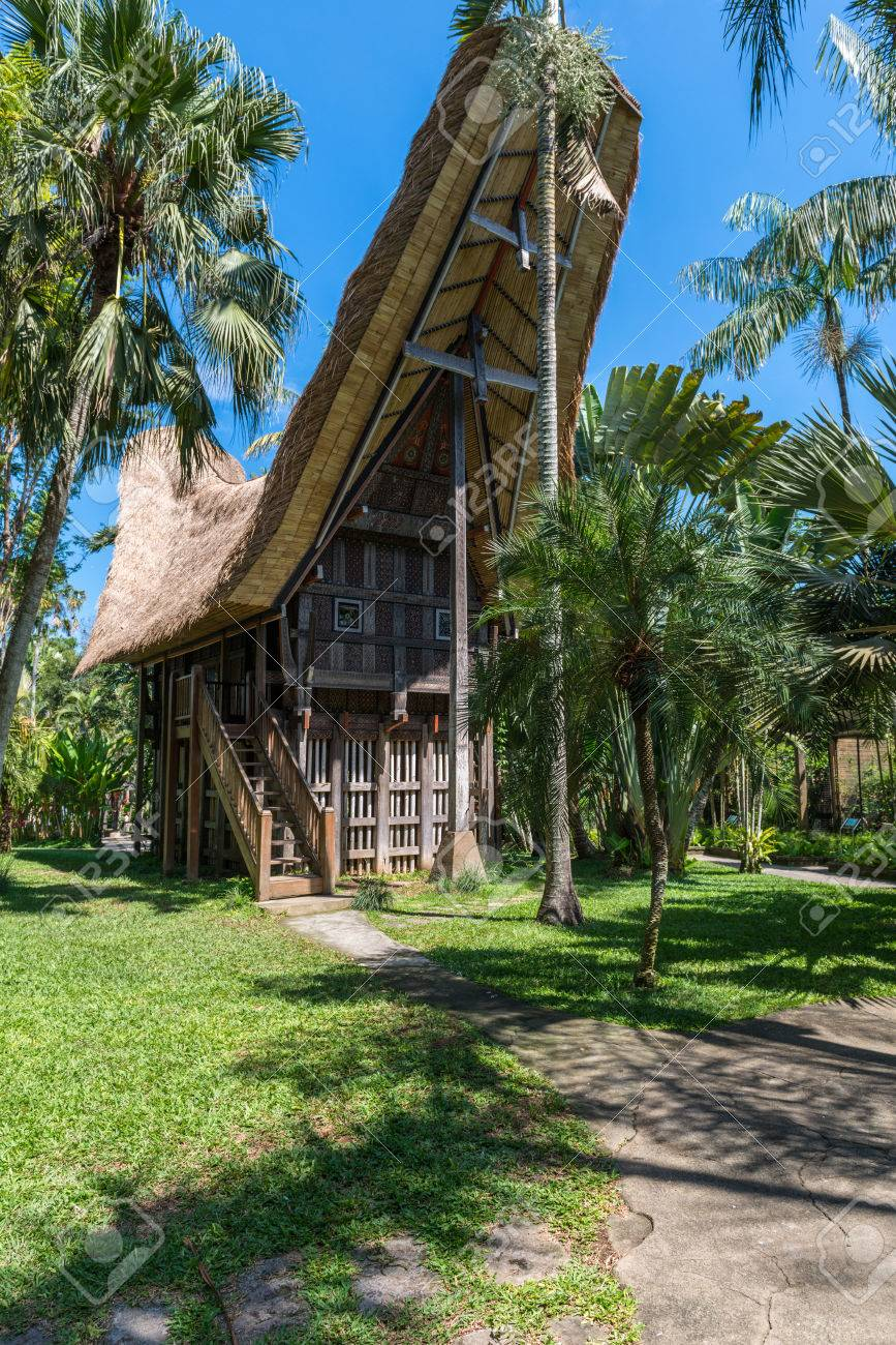 Wooden Bungalow On A Tropical Beach Resort On Bali, Indonesia Stock ...