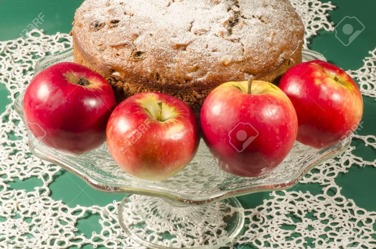 Apfelmus Rosine Rum Kuchen Für Weihnachten Tisch. Tabelle Mit ...